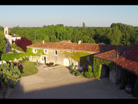 commerce à vendre à BARBEZIEUX ST HILAIRE, Charente, Poitou_Charentes, avec Leggett Immobilier