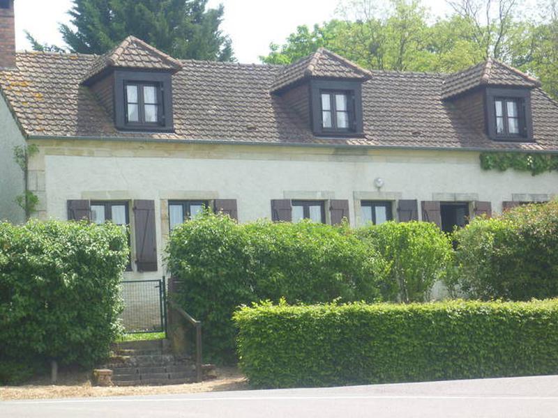 Maison à vendre à ST CHRISTOPHE LE CHAUDRY(18270) - Cher