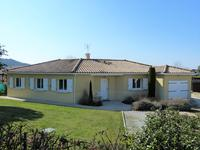 French property, houses and homes for sale inST PHILIPPE DU SEIGNALGironde Aquitaine