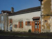 French property for sale in CHAMPAGNE ET FONTAINE, Dordogne - €71,500 - photo 9