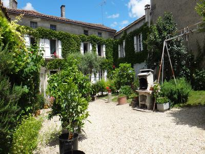 French property, houses and homes for sale in JARNAC Charente Poitou_Charentes