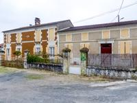houses and homes for sale inST FORT SUR GIRONDECharente_Maritime Poitou_Charentes