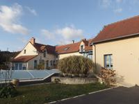 French property for sale in OYRE, Vienne - €304,950 - photo 10