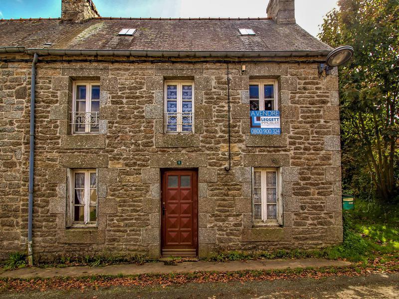 Maison à vendre à BULAT PESTIVIEN(22160) - Cotes d Armor
