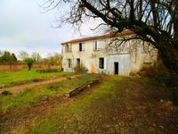 French property for sale in NERE, Charente Maritime - €77,000 - photo 7