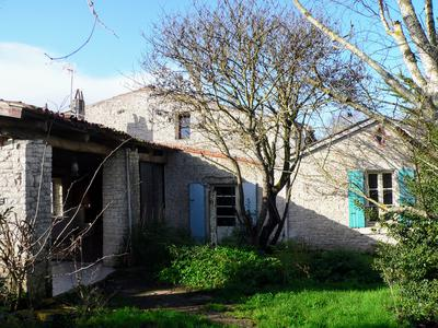 French property, houses and homes for sale in NUAILLE DAUNIS Charente_Maritime Poitou_Charentes
