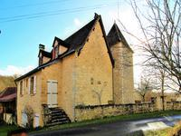 houses and homes for sale inUZECHLot Midi_Pyrenees