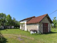 French property, houses and homes for sale in MONTENDRECharente_Maritime Poitou_Charentes