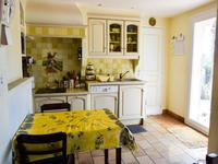 French property for sale in REGUSSE, Var - €320,250 - photo 4