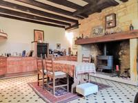 French property for sale in LES EYZIES DE TAYAC SIREUIL, Dordogne - €265,000 - photo 4