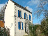 French property for sale in GUERN, Morbihan - €245,000 - photo 2