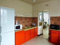French property for sale in ST YRIEIX LA PERCHE, Haute Vienne - €305,950 - photo 7
