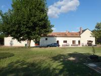 French property, houses and homes for sale in ST MARTIN DE MACON Deux_Sevres Poitou_Charentes
