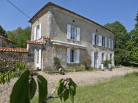 French property, houses and homes for sale in VIEUX MAREUIL Dordogne Aquitaine
