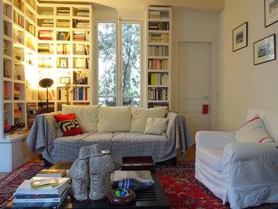 Paris 75006, on a quiet street, triple exposed 2 bedroom (possible 3) apartment full of original charm offering 69 sq m at the 4th floor of a beautiful Haussmannian 1890 building close to Montparnasse