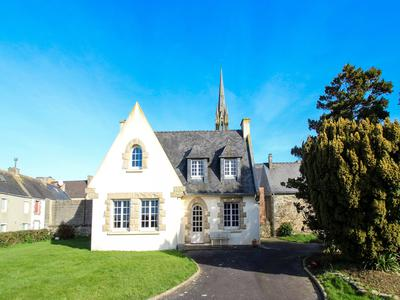 French property, houses and homes for sale in PLOUENAN Finistere Brittany