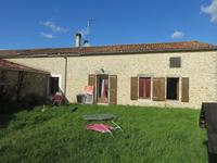 French property for sale in MURON, Charente Maritime - €127,500 - photo 2
