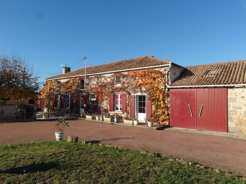 Maison à vendre à FAYE L ABBESSE(79350) - Deux Sevres