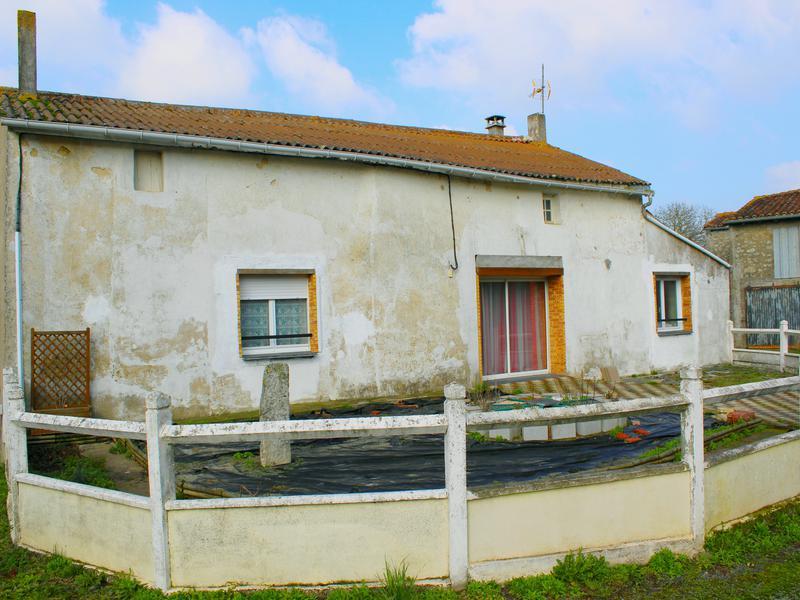 Maison à vendre à LES CHATELLIERS CHATEAUMUR(85700) - Vendee