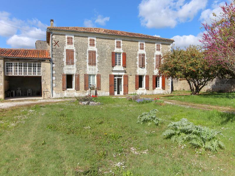 Maison à vendre à PAILLE(17470) - Charente Maritime