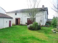 Maison à vendre à BRILLAC en Charente - photo 8