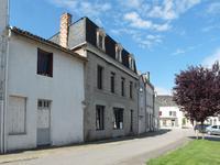 Maison à vendre à ARGENTON LES VALLEES en Deux Sevres - photo 1