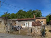 French property for sale in GOUEX, Vienne - €25,999 - photo 2