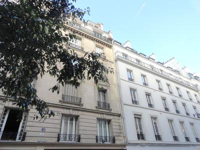 75003, peaceful environment in the sought after Republique district, bright 3rd floor 112m2 three bedrooms South & West facing apartment to renovate (Lot 11), at the heart of a well looked after 1880 stone building with elevator