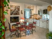 French property for sale in , Vaucluse - €420,000 - photo 4