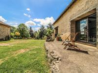 French property for sale in ST MARTIN DU CLOCHER, Charente - €360,400 - photo 9