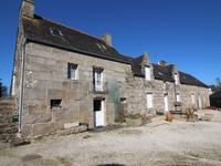 houses and homes for sale inPLOUNEVEZ QUINTINCotes_d_Armor Brittany