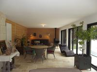 French property for sale in LA ROCHE POSAY, Vienne - €254,400 - photo 7