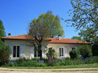 French property, houses and homes for sale in ST SORNIN Charente Poitou_Charentes