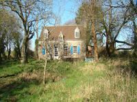 French property for sale in SEGLIEN, Morbihan - €98,000 - photo 2