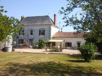French property, houses and homes for sale in FRONTENAY SUR DIVE Vienne Poitou_Charentes