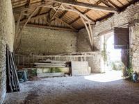 Maison à vendre à CHERVAL en Dordogne - photo 4