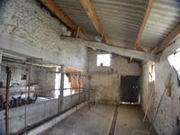 Grange à vendre à LE CHAY en Charente Maritime - photo 4