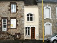 French property, houses and homes for sale inFRESNAY SUR SARTHESarthe Pays_de_la_Loire