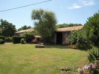 French property for sale in ST SAVIOL, Vienne - €183,600 - photo 9