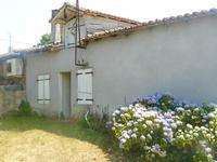 maison à vendre à ROUMAZIERES LOUBERT, Charente, Poitou_Charentes, avec Leggett Immobilier