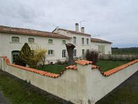 French property, houses and homes for sale in BAIGNES STE RADEGONDE Charente Poitou_Charentes