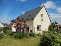 French property for sale in GUILLIERS, Morbihan - €167,400 - photo 2