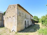 French property for sale in ST JOUIN DE MARNES, Deux Sevres - €88,000 - photo 9