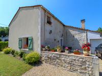 French property for sale in BERCLOUX, Charente Maritime - €179,225 - photo 2