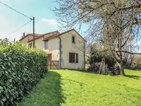 French property for sale in NANTEUIL EN VALLEE, Charente - €162,000 - photo 10
