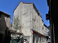 Belle occasion d'investissement au centre bourg - six appartements et local commercial