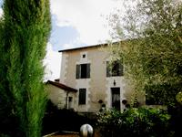houses and homes for sale inPALLUAUDCharente Poitou_Charentes
