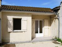 French property for sale in CHALAIS, Charente - €68,200 - photo 3