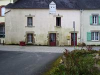 French property for sale in ROCHEFORT EN TERRE, Morbihan - €93,500 - photo 1