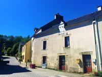 French property for sale in ROCHEFORT EN TERRE, Morbihan - €93,500 - photo 8